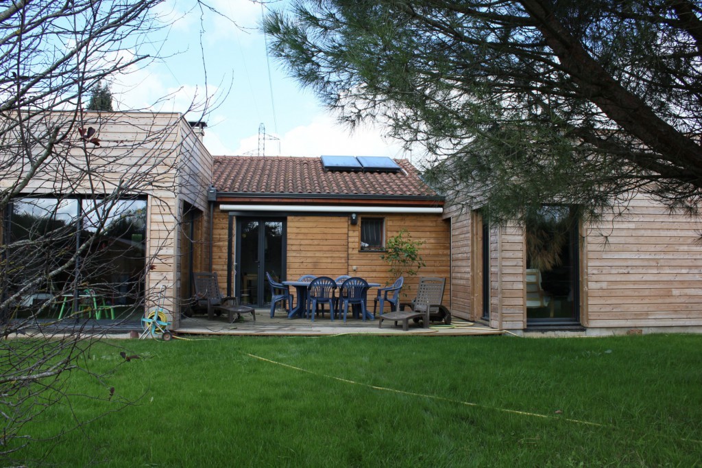 Extension d 39 une villa ossature bois pibrac par pratviel for Extension villa